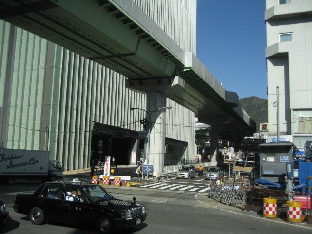 三宮バスターミナル