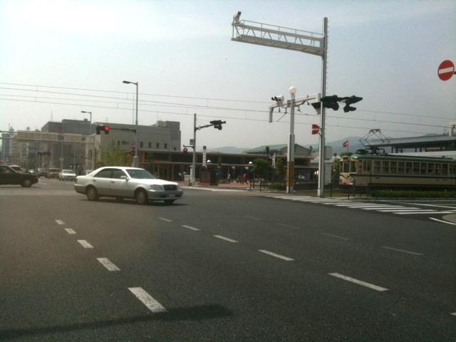 龍馬伝効果で賑わう高知駅前